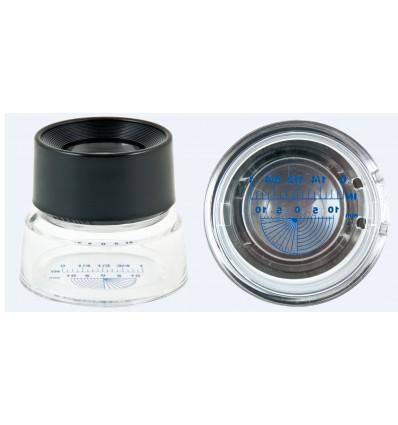 Cuenta-hilos circular de 30 mm de diámetro y un aumento 10X.