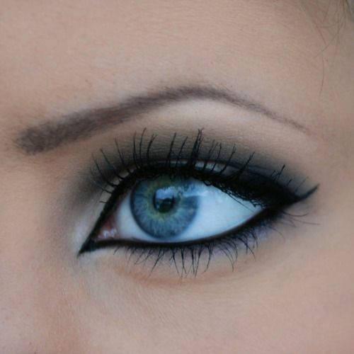 ojo-mal-maquillado